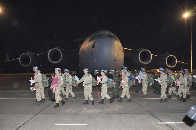 máy bay vận tải quân sự C17 của Úc đưa đoàn bác sỹ trở về