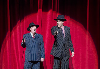 Cole Porter: Kiss me Kate - Joseph Shovelton, John Savournin - Opera North (Photo: Tristram Kenton)