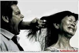 Homem-humilhando-a-mulher