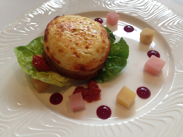 English muffin with caramelised red onion chutney rarebit and beetroot
