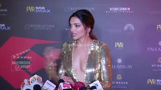 Deepika Padukone Promoting   Return of Xander Cage in India in Golde Gown 73 .xyz.jpg