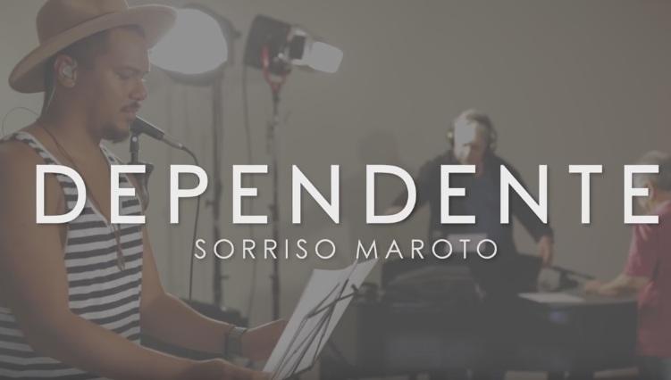CD SORRISO BAIXAR DIFERENTE MAROTO