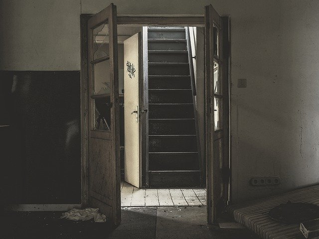 Ciri-Ciri Rumah Yang Tidak Sehat Untuk Ditinggali