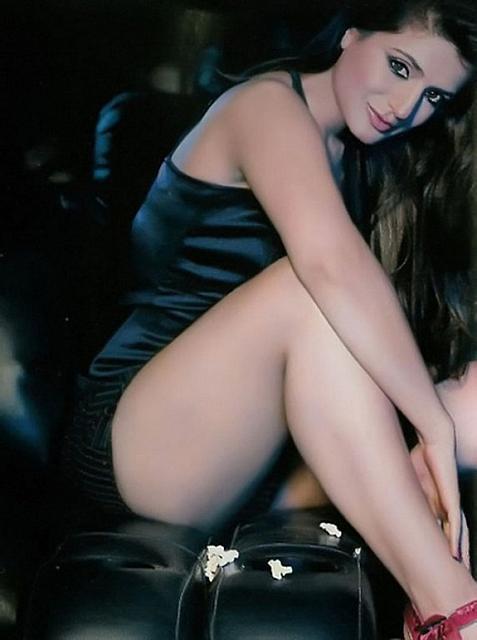 Nude Photos Of Amisha Patel 74