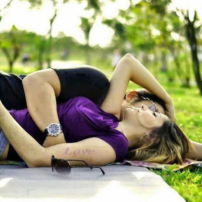 Romantic Shayari in Hindi Font hd image for lover