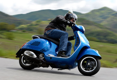 New 2017 Vespa GTS 300 Super Sport Hd Photos