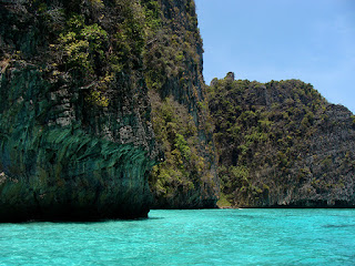 Photograph of limestone cliffs at Phi Phi Leh by Manju Panchal