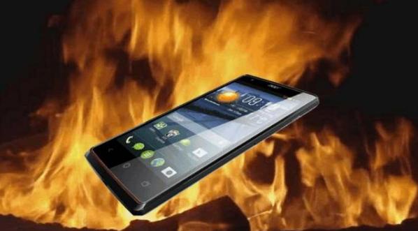 Cara Restart HP android macet jenis Baterai Tanam