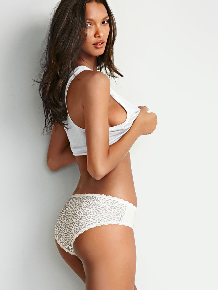 Lais Ribeiro bikini pics! (6/21) Laid Ribeiro is a Brazilian supermodel who's walked for such designers as Chanel, Versace, Louis Vuitton, and Gucci, and Friday she was spotted in .