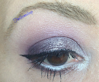 eye_makeup_look_smoky_wine