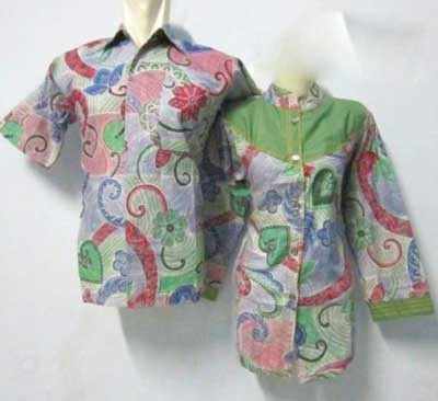Empat Model Baju Batik Couple Modern