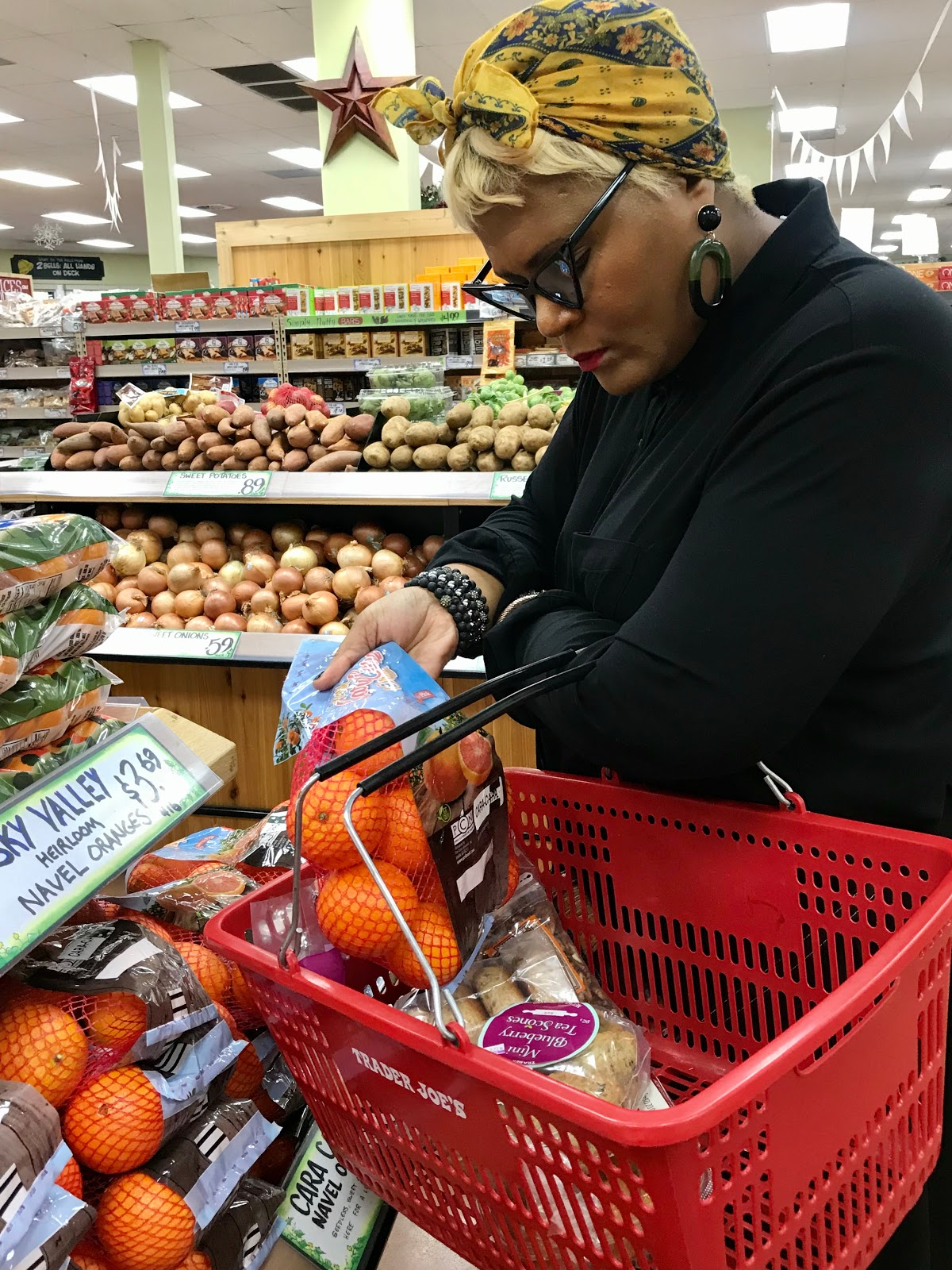 Tangie Bell shopping for new foods to try and buy