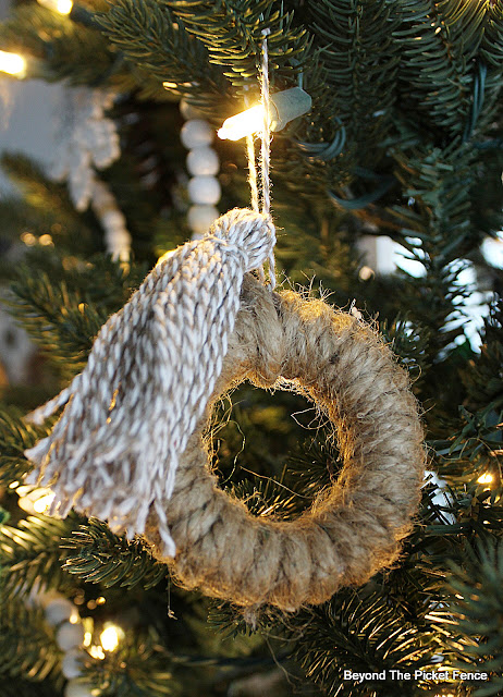 Cute DIY BOHO Ornaments