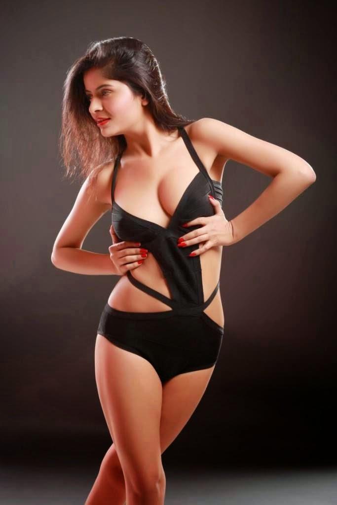 Savita Bhabhi Hot Nude