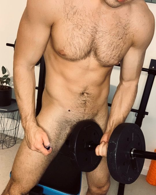 Gay muscle hairy photo