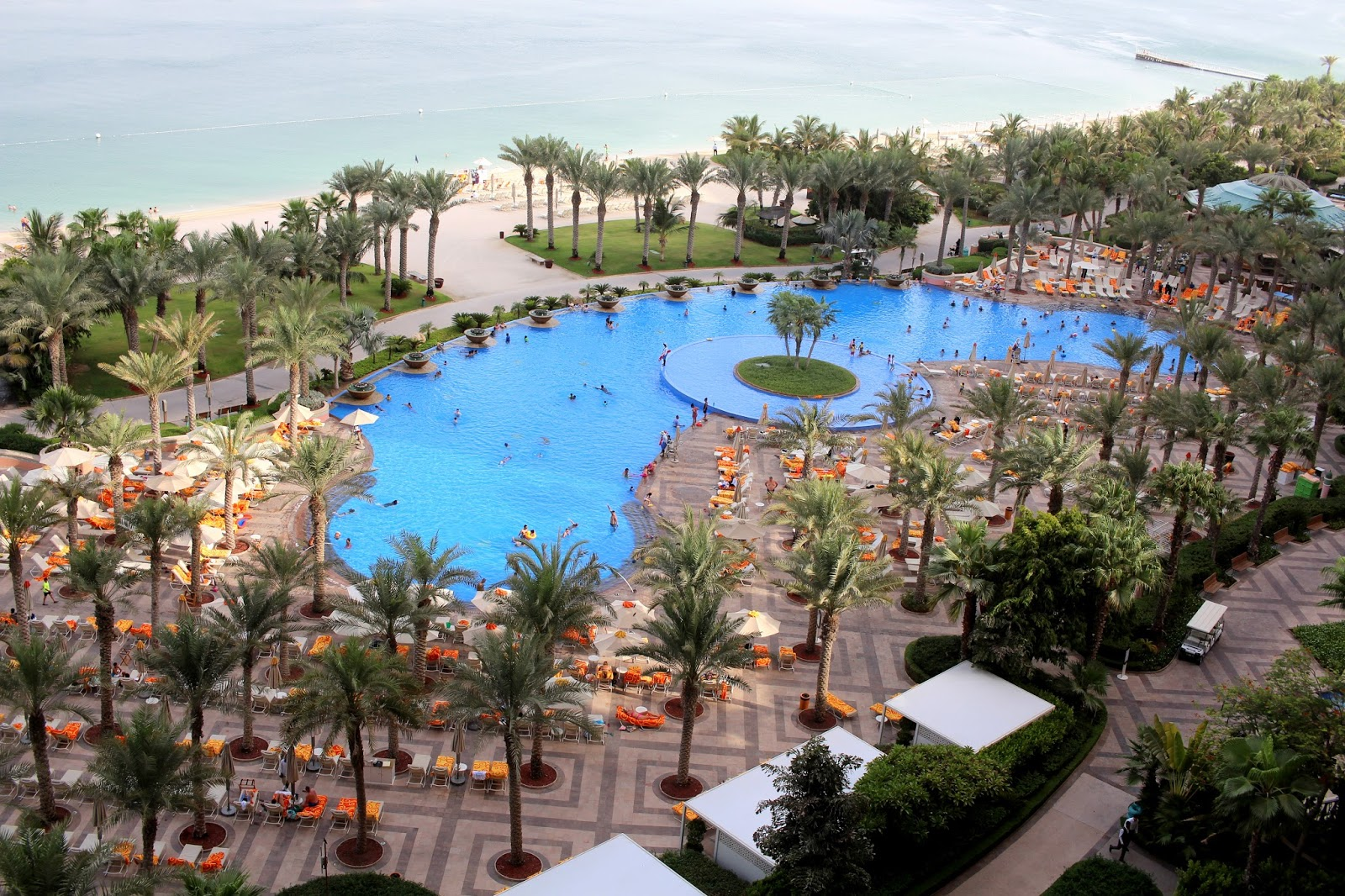 atlantis the palm dubai peexo travel blogger
