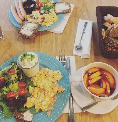 Zestaw śniadaniowy Cafe przy Ulicy