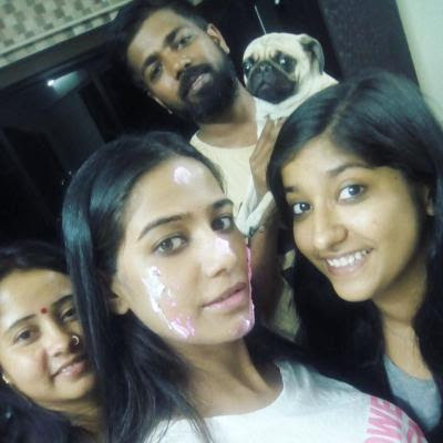 Poonam Pandey family brother sister