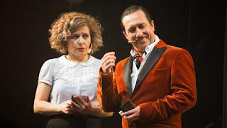 Lourdes Martínez y Diego Pizarro en ¡Arrea! El musical
