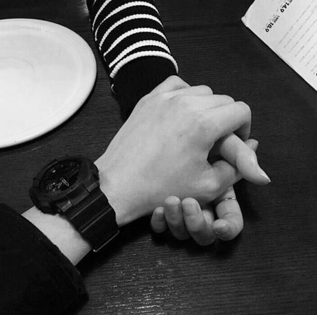 maos-casal-tumblr.png