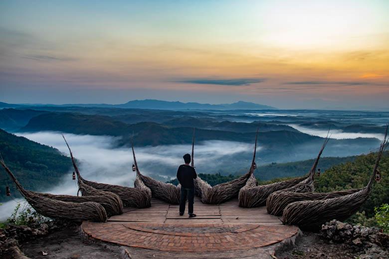 Sebelum sunrise di Geoforest Watu Payung Turunan