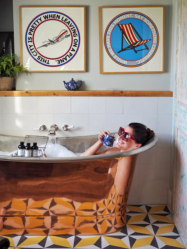 Bathtub Artist Residence