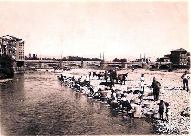 lavando-en-el-rio-najerilla