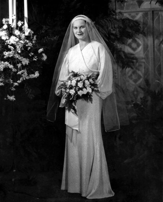 Glamorous Photos Of American Brides In The 1930s