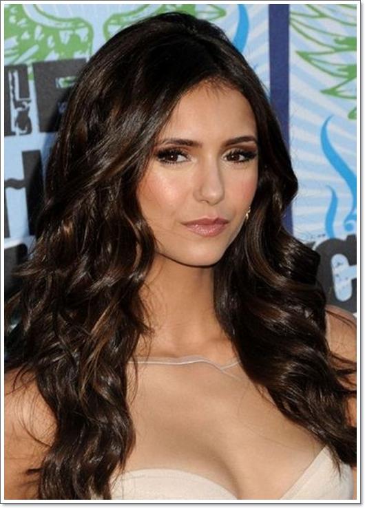 Stillvolle Frisuren für dunkelbraune Haare