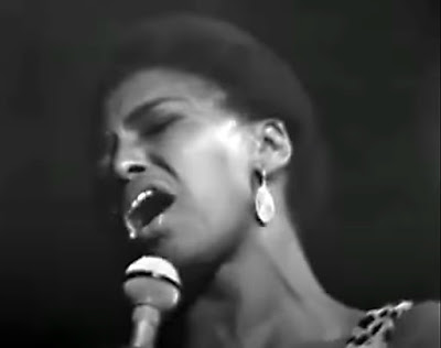 Miriam Makeba sings Chove Chuva in Stockholm