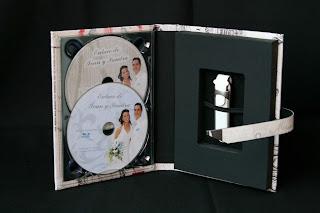 Caja para DVD y pendrive acabado London abierto