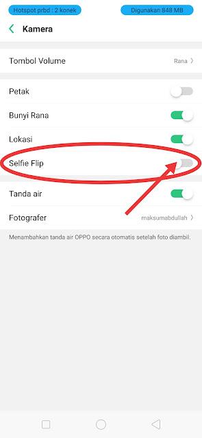 Flip selfie camera