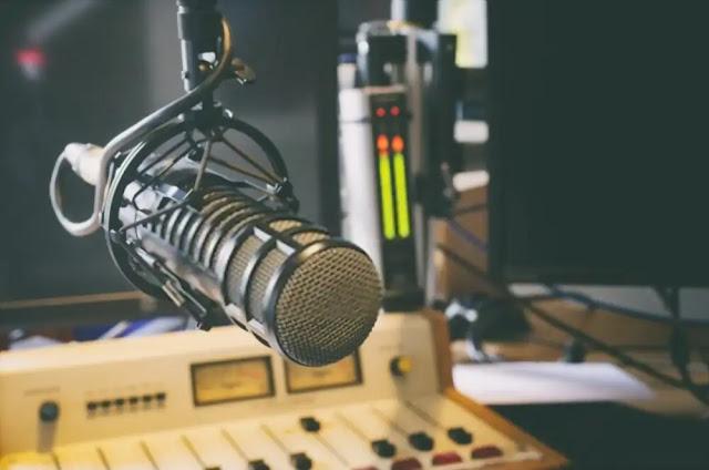 Perkembangan Teknologi Adanya Radio