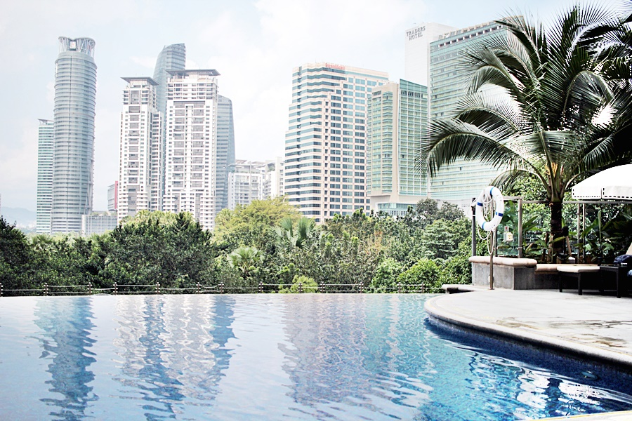 pool mandarin oriental luxury