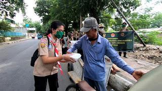 Kodim  0614 dan Saka Wira Kartika Gunung Jati Berbagi Untuk Masyarakat yang Kurang Mampu