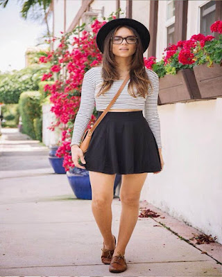 moda de primavera con falda