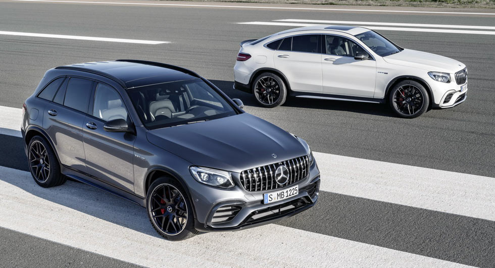 2018 mercedes amg glc63 and glc coupe 63 bring the v8 thunder to ny. Black Bedroom Furniture Sets. Home Design Ideas