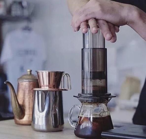 Fazendo café com Aeropress