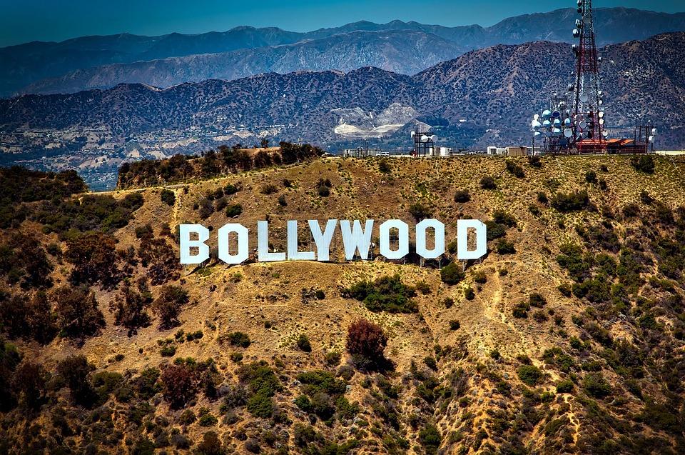 4 Film India Ini Sedih Dan Menguras Air Mata