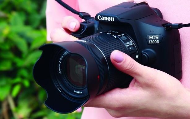kamera dslr canon eos 1300d