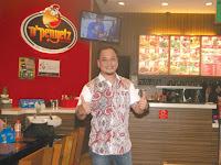 Lowongan Kerja D'PENYETZ Restoran Pertama yang hadir di Banda Aceh