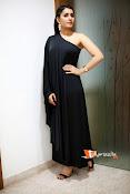 Raashi Khanna Photoshoot-thumbnail-13
