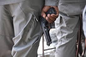 Policía hiere hombre en Santa María que supuestamente amenaza con matar mujer