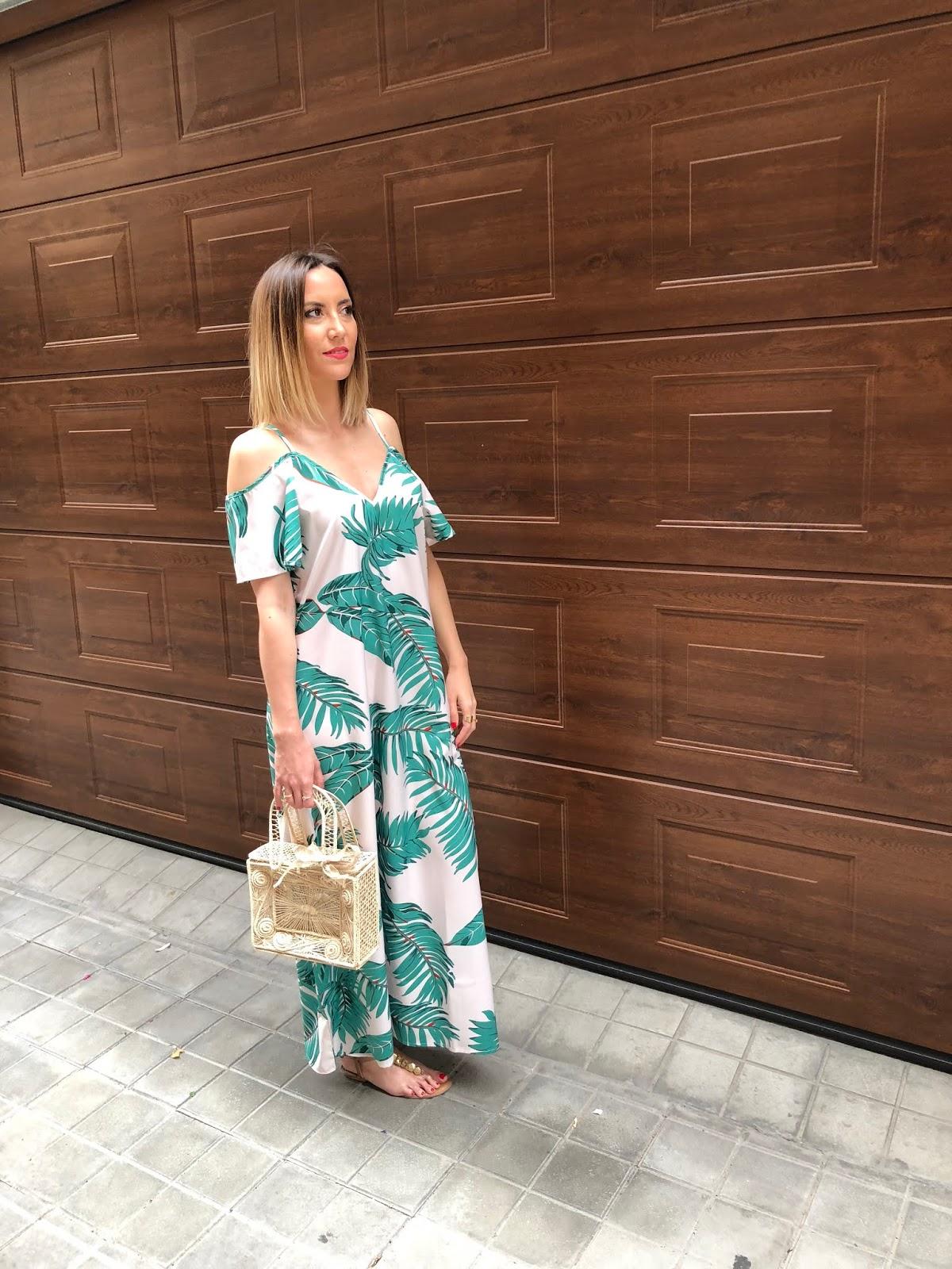 Fitness And Chicness-Leaf Print Dresses La Familia-5
