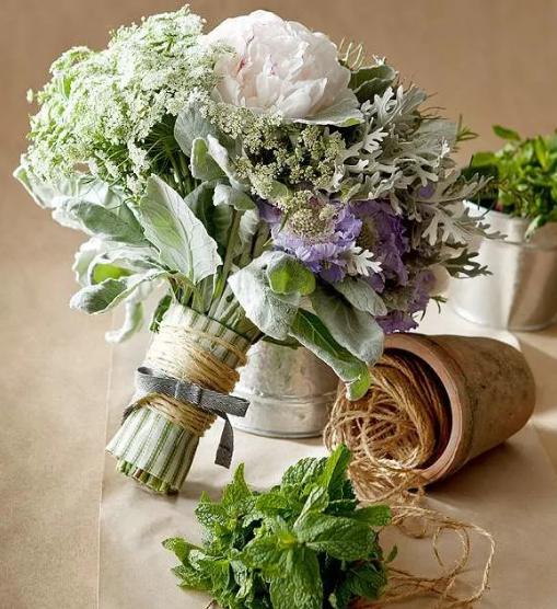 декоративный букет из пряных трав