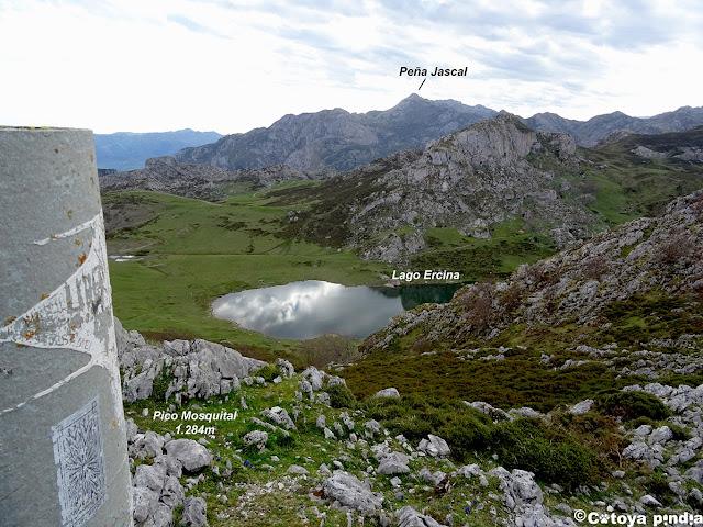 Vistas al Lago Ercina desde el Mosquital