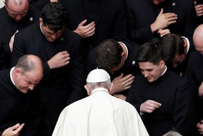 Papa Francisco defende união civil entre homossexuais e não ao Casamento