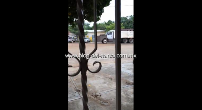 """Reportan CJNG llego a Tepalcatepec por Juan Farias Alvarez """"El Abuelo"""", 8 muertos y 14 heridos"""