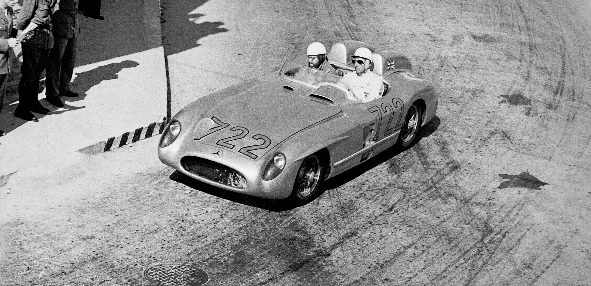 Mercedes To Honor Stirling Moss At Goodwood Revival With Two Of His Most Famous Race Cars