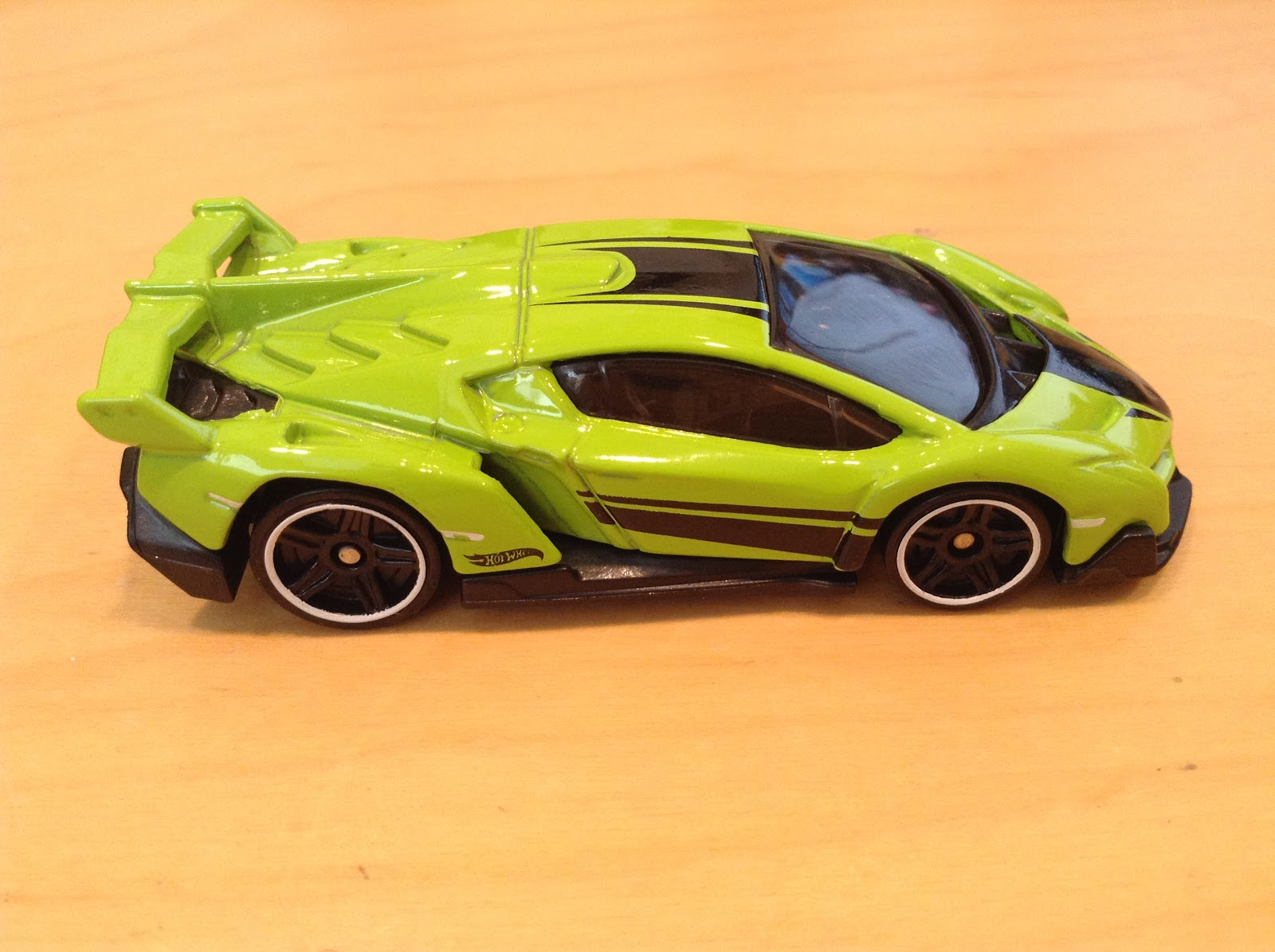 Julian S Hot Wheels Blog Lamborghini Veneno 2017 Hw Exotics